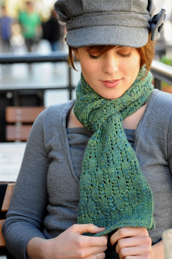 Staggered Ladders Scarf 2