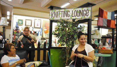 Knitting Lounge